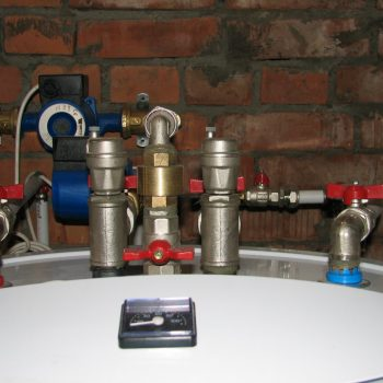 Обвязка бойлера с использованием металлопластиковых труб и латунных фитингов